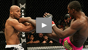 UFC&reg; 117 Prelim Fight: Phil Davis vs Rodney Wallace