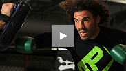 Lightweight contenders Clay Guida and Benson Henderson work out for media and fans before their matchup at UFC on Fox.