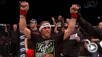 TUF 17 Finale : Entrevue d&#39;apr&egrave;s-combat d&#39;Urijah Faber