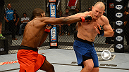 Undefeated Illinois native Corey Anderson meets Nevada's Kelly Anundson in an Ultimate Fighter 19 elimination bout.