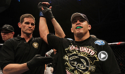 Jake Ellenberger worked Jake Shields over in the clinch, landing several big knees to the head, before finishing the former Strikeforce middleweight champion by TKO