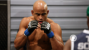 Check out middleweight Warlley Alves highlights from his stint on The Ultimate Fighter Brazil 3. Warlley, who won both of his fights in the house impressively, is ready to show off his fighting style to the world.