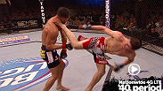 Rustam Khabilov le conecta una patada giratoria a Jorge Masvidal en Fight Night: Fight for the Troops.