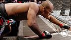 Countdown vous offre un aperçu des camps d'entraînement de Mousasi et Souza. Voyez ces deux top 10 se préparer en vue de leur combat revanche, maintenant qu'ils sont des poids moyens complètement différents de ceux qu'ils étaient il y a 6 ans.
