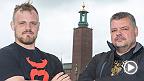 Le poids mi-moyen Gunnar Nelson est récemment devenu père.  Avant l'UFC Fight Night Stockholm, Gunnar Nelson discute de paternité avec son propre près et agent, Haraldur Nelson.