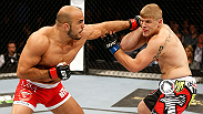 El duro golpeador de peso semi-completo Ilir Latifi le da a Chris Dempsey una calurosa bienvenida a  UFC. Vea a Latifi contra Jan Blachowicz en la cartelar central de UFC Fight Night Estocomo.
