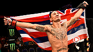 Max Holloway spoke to Jon Anik inside the Octagon after his first-round TKO victory against Charles Oliveira at Fight Night Saskatoon.