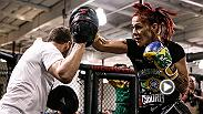 UFC Minute host Lisa Foiles recaps the big news of Cris Cyborg making her UFC debut vs. Leslie Smith at UFC 198 in Curitiba, Brazil. The Brazilian team of UFC.com caught up with Cyborg to get her reaction.