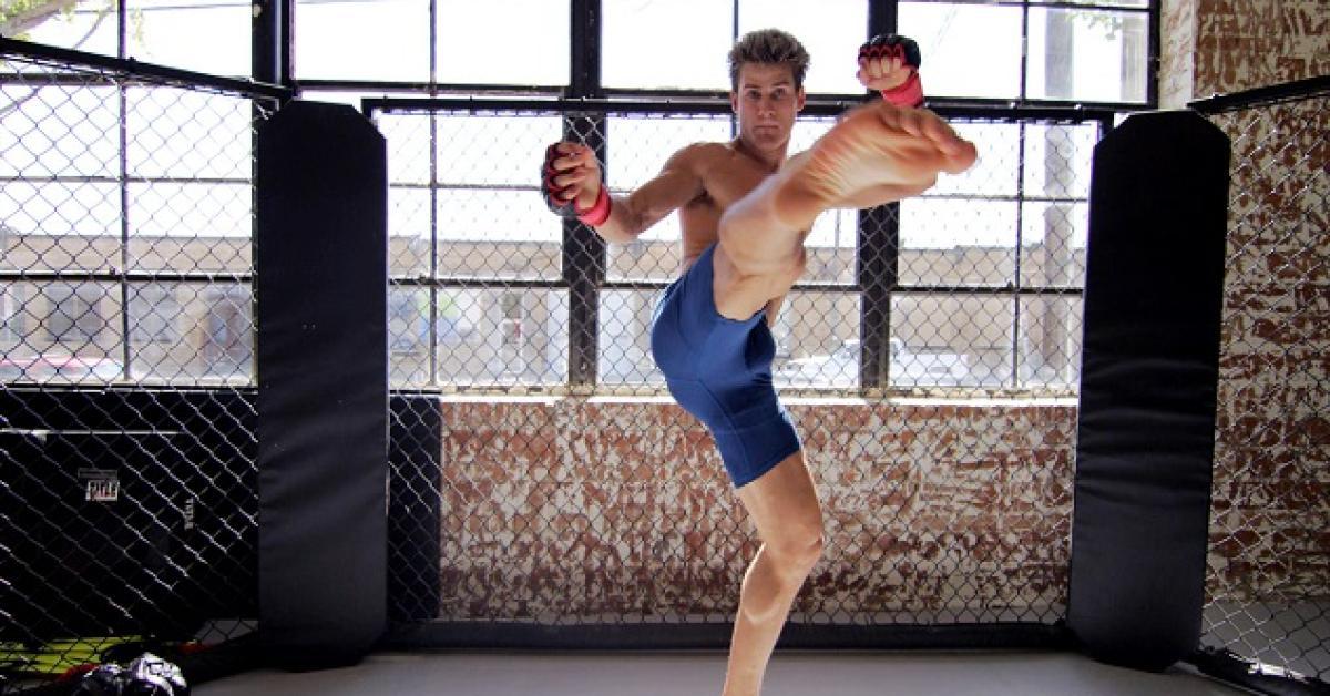 UFN 새크라멘토 : 옥타곤으로 향하는 길 - 세이지 노스컷 vs. 미키 갤 | UFC ® - Media