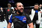 Fight Night Halifax : Entrevue de Johny Hendricks dans les coulisses