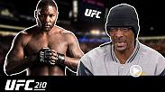 Snoop Dogg gives his commentary on the highlights of UFC light heavyweight challenger Anthony Johnson before UFC 210.