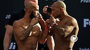 "Senti l'energia mentre il campione pesi mosca UFC Demetrious ""Mighty Mouse"" Johnson e lo sfidante Wilson Reis si fronteggiano un'ultima volta al weigh-in prima di combattere a UFC Fight Night Kansas City."