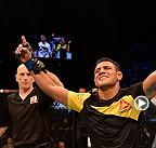 Fight Night Singapore: Rafael Dos Anjos, intervista nel backstage