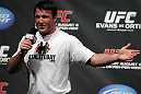 Chael Sonnen interacts with the fans at the UFC Fight Club Q&amp;A before the UFC 133 Weigh-in.