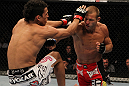 Donald Cerrone vs Charles Oliveira
