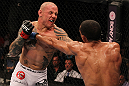 Edson Barboza vs Ross Pearson