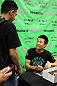 &quot;The Korean Zombie&quot; Chan Sung Jung signs autographs