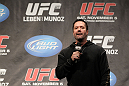 Mike Goldberg speaks at the 138 Q&amp;A