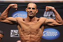 LOS ANGELES - AUGUST 03: Mike Swick makes weight during the UFC on FOX weigh in at Staples Center on August 3, 2012 in Los Angeles, California. (Photo by Josh Hedges/Zuffa LLC/Zuffa LLC via Getty Images)
