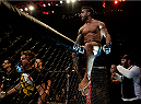 SAO PAULO, BRAZIL - NOVEMBER 07: Thiago Tavares of Brazil celebrates victory by submission over Clay Guida of the United States in their featherweight bout during the UFC Fight Night Belfort v Henderson at Ibirapuera Gymnasium on November 7, 2015 in Sao Paulo, Brazil. (Photo by Buda Mendes/Zuffa LLC/Zuffa LLC via Getty Images)
