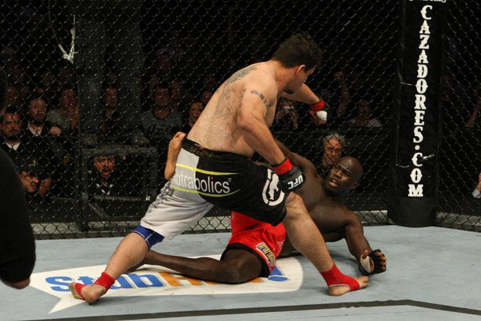 Frank Mir (black/grey shorts) def. Cheick Kongo (red shorts) - Submission (guillotine choke) - 1:12 round 1 during UFC 107 at FedExForum on December 12, 2009 in Memphis, TN. (Photo by Josh Hedges/Zuffa LLC)