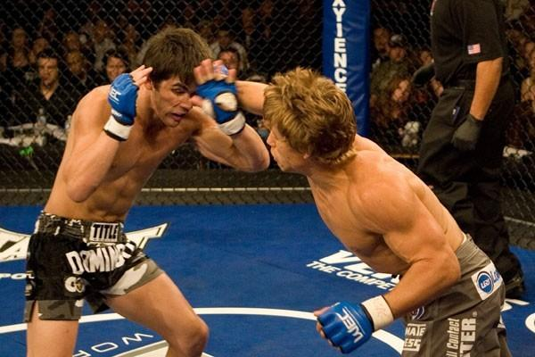 Faber battles Cruz during their WEC days