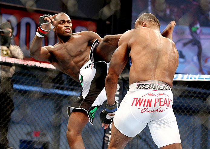 Derek Brunson kicks <a href='../fighter/Brian-Houston'>Brian Houston</a> in their UFC middleweight bout on November 6, 2013 in Fort Campbell, KY. (Photo by Ed Mulholland/Zuffa LLC)