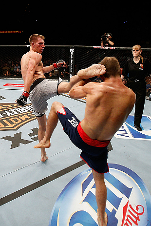 Luke Barnatt beat Collin Hart on UFC debut