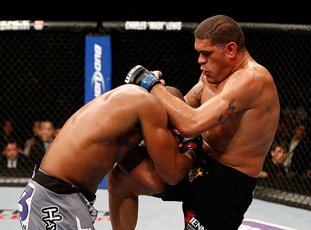 LAS VEGAS, NV - FEBRUARY 02:  (R-L) Antonio Silva knees Alistair Overeem during their heavyweight fight at UFC 156 on February 2, 2013 at the Mandalay Bay Events Center in Las Vegas, Nevada.  (Photo by Josh Hedges/Zuffa LLC/Zuffa LLC via Getty Images) *** Local Caption *** Alistair Overeem; Antonio Silva