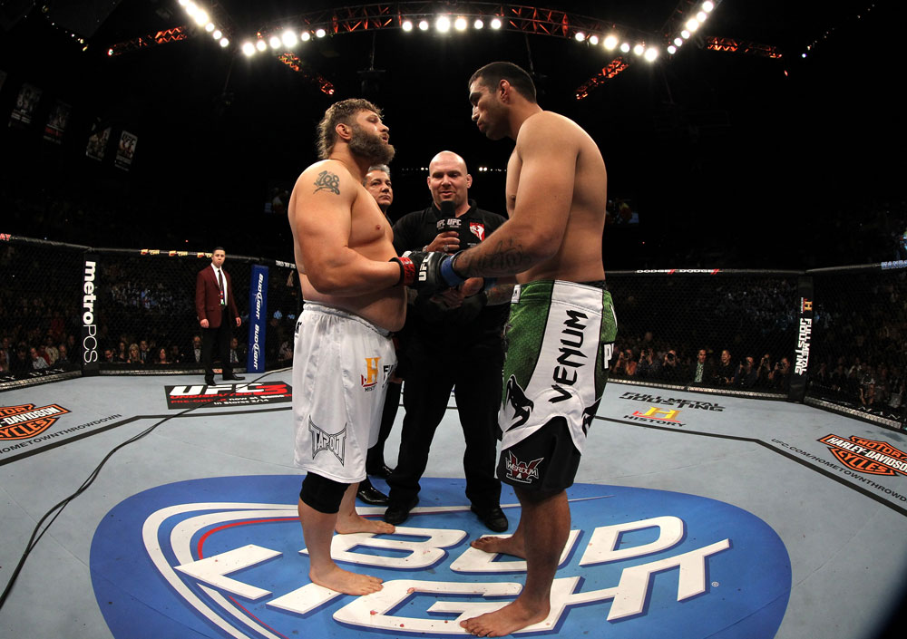 LAS VEGAS, NV - FEBRUARY 04:  (L-R) Roy Nelson and Fabricio Werdum touch gloves before their fight during the UFC 143 event at Mandalay Bay Events Center on February 4, 2012 in Las Vegas, Nevada.  (Photo by Josh Hedges/Zuffa LLC/Zuffa LLC via Getty Images) *** Local Caption *** Roy Nelson; Fabricio Werdum