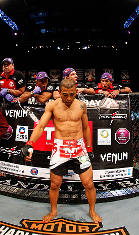 LAS VEGAS, NV - FEBRUARY 02:  Jose Aldo prepares to face Frankie Edgar before their featherweight title fight at UFC 156 on February 2, 2013 at the Mandalay Bay Events Center in Las Vegas, Nevada.  (Photo by Josh Hedges/Zuffa LLC/Zuffa LLC via Getty Images) *** Local Caption *** Jose Aldo; Frankie Edgar