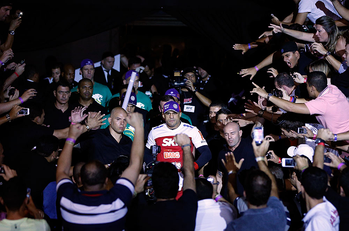 SAO PAULO, BRAZIL - JANUARY 19:  Vitor Belfort enters the arena before his middleweight fight against Michael Bisping at the UFC on FX event on January 19, 2013 at Ibirapuera Gymnasium in Sao Paulo, Brazil. (Photo by Josh Hedges/Zuffa LLC/Zuffa LLC via Getty Images)