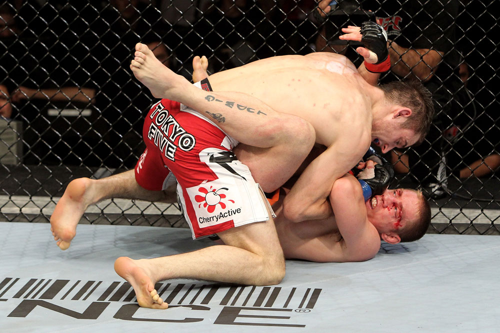 Duane Ludwig (R) of the USA fights Nick Osipczak of the United Kingdom during their UFC Welterweight bout at the Konig Pilsner Arena on November 13, 2010 in Oberhausen, Germany. (Photo by Josh Hedges/Zuffa LLC/Zuffa LLC)