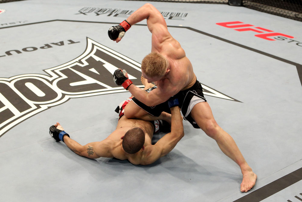 Dennis Siver of Germany fights Andre Winner of England during their UFC Lightweight bout at the Konig Pilsner Arena on November 13, 2010 in Oberhausen, Germany. (Photo by Josh Hedges/Zuffa LLC/Zuffa LLC)