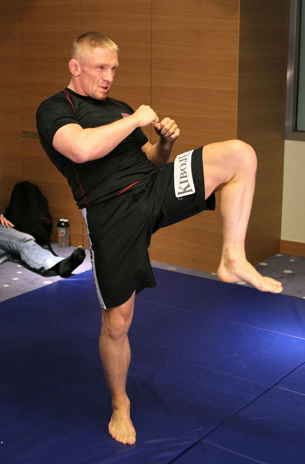 Dennis Siver of Germany works out at the UFC 122 open workouts at the Hilton Hotel on November 10,  2010 in Dusseldorf, Germany.  (Photo by Josh Hedges/Zuffa LLC via Getty Images)