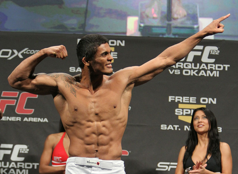 Carlos Eduardo Rocha weighs in at 170 lbs at the UFC 122 weigh-in at the K&scaron;nig Pilsener Arena on November 12,  2010 in Oberhausen, Germany.  (Photo by Josh Hedges/Zuffa LLC/Zuffa LLC via Getty Images)