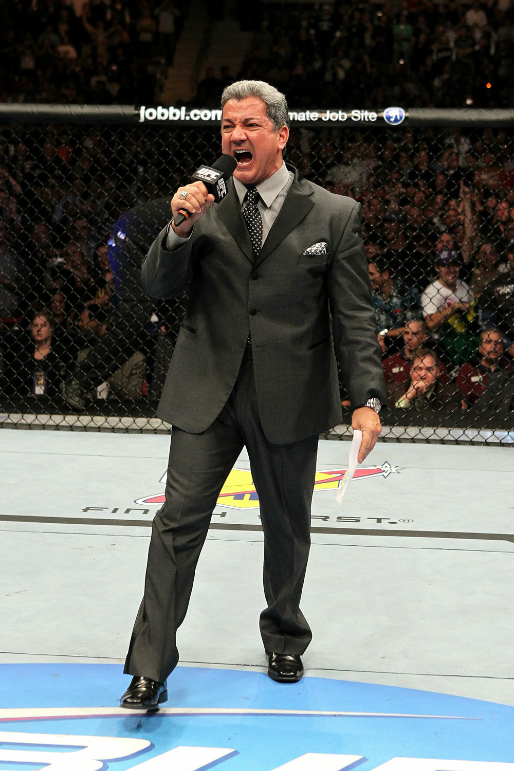UFC 123: Bruce Buffer announces the main event.