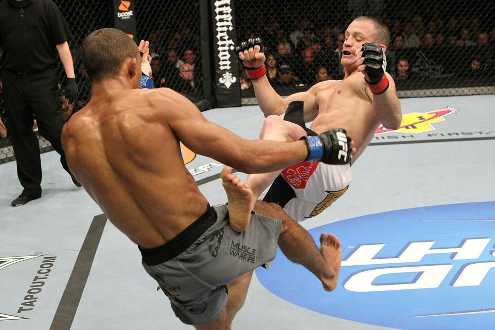 UFC 123: Edson Barboza vs. Darren Elkins