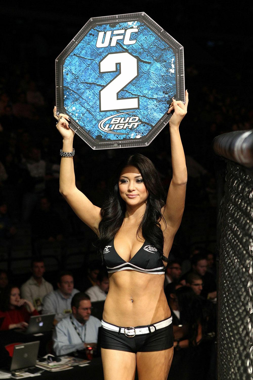 UFC 123: Arianny Celeste