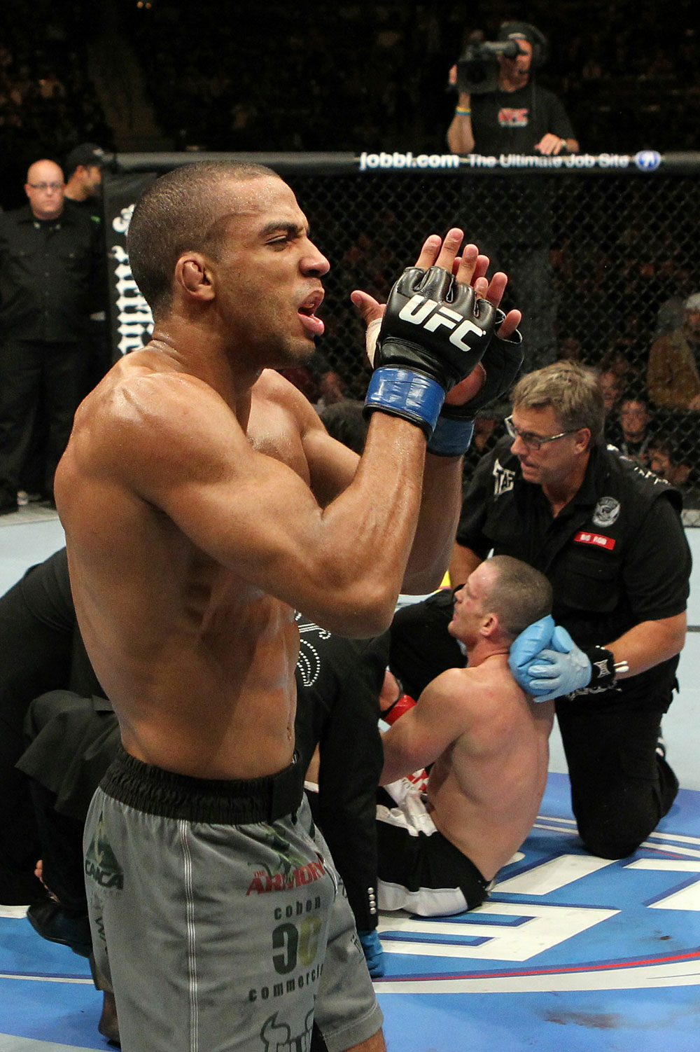 UFC 123: Edson Barboza celebrates