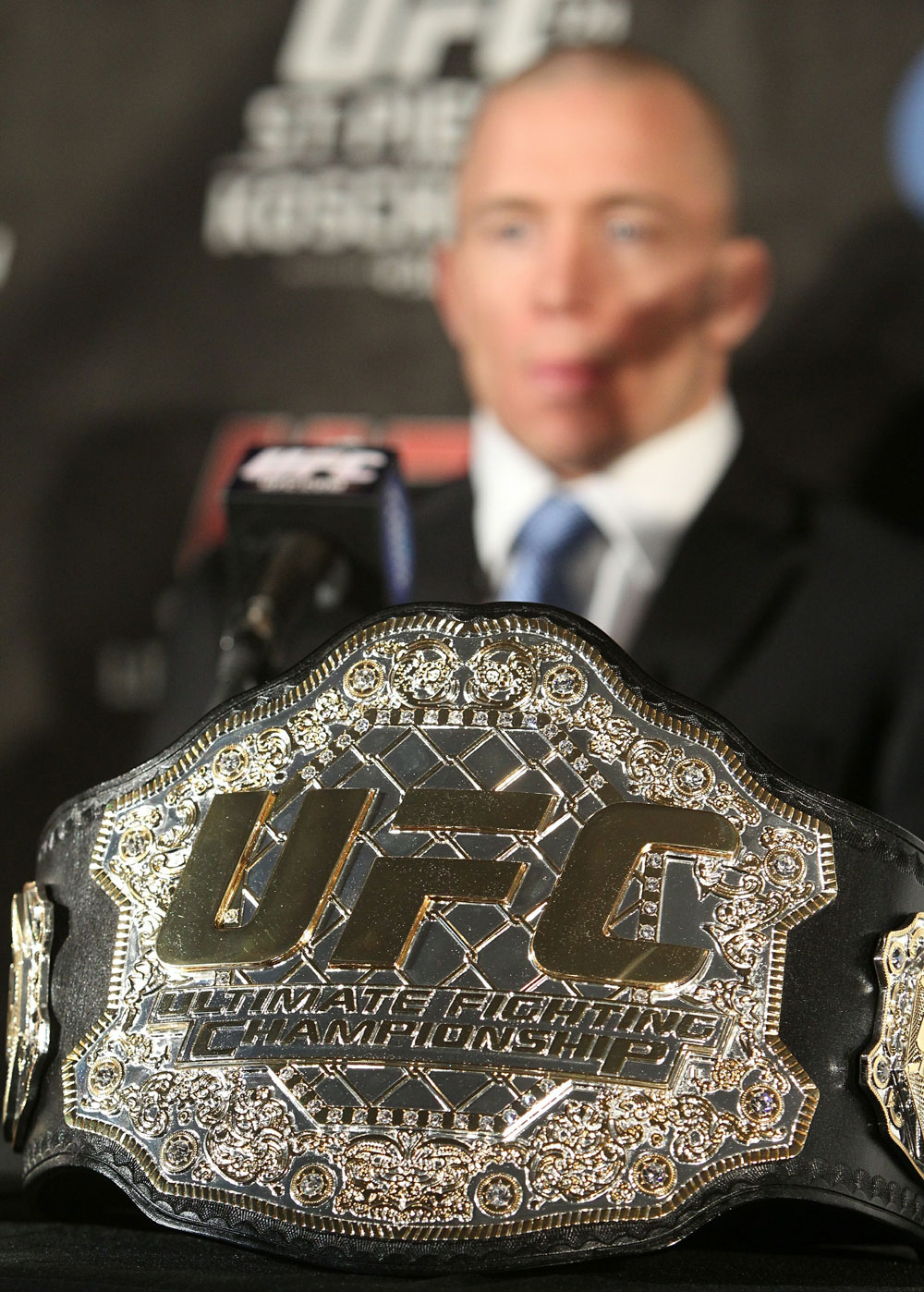 UFC 124 Press Conference: Georges St-Pierre and his Welterweight Belt