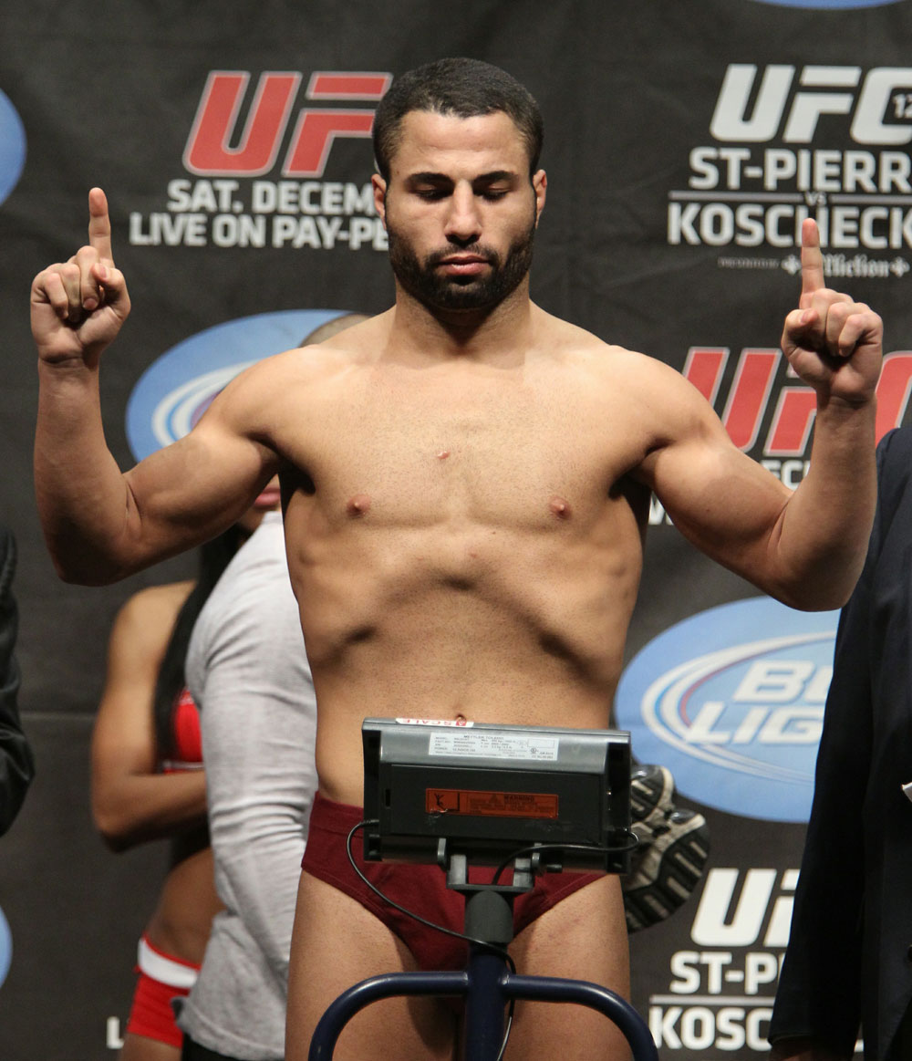 UFC 124 Weigh-in: John Makdessi weighs in at 155lbs.