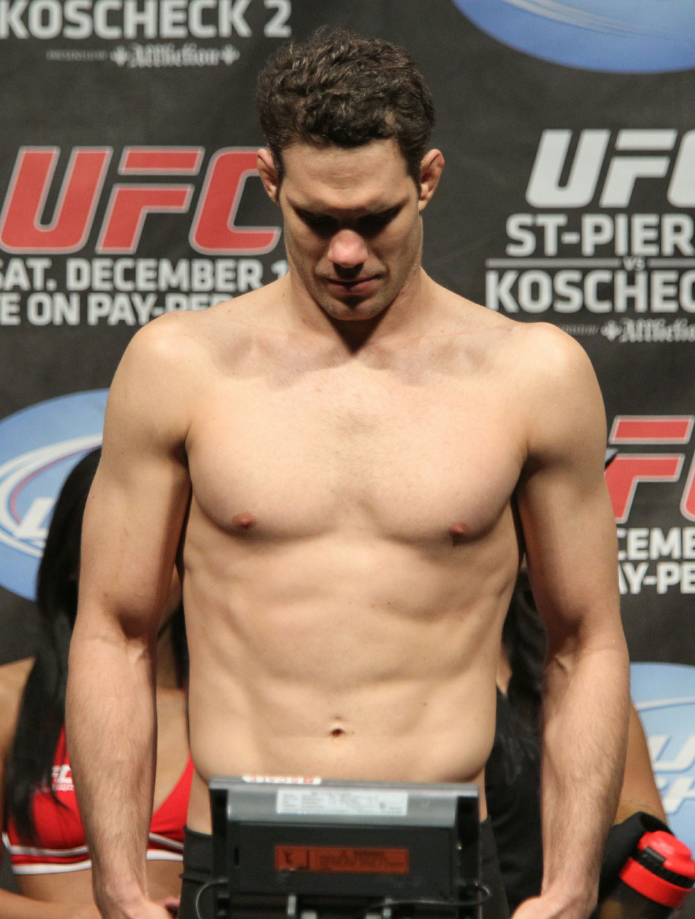 UFC 124 Weigh-in: Ricardo Almeida weighs in at 170.5bls.