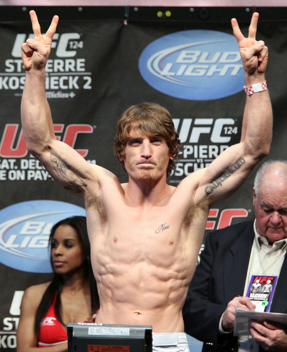 UFC 124 Weigh-in: Mac Danzig weighs in at 156lbs.