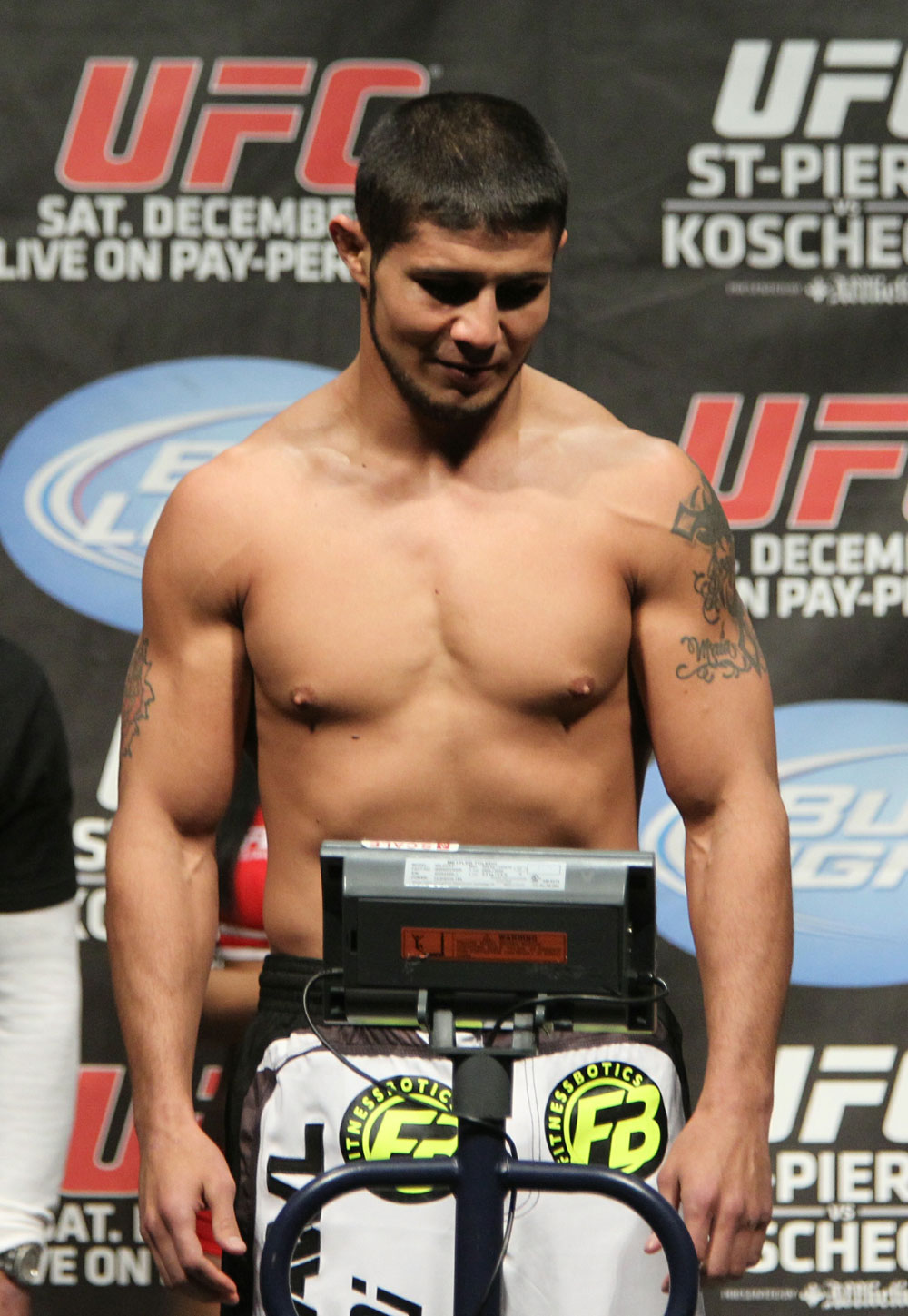 UFC 124 Weigh-in: Joe Stevenson weighs in at 155.5lbs.