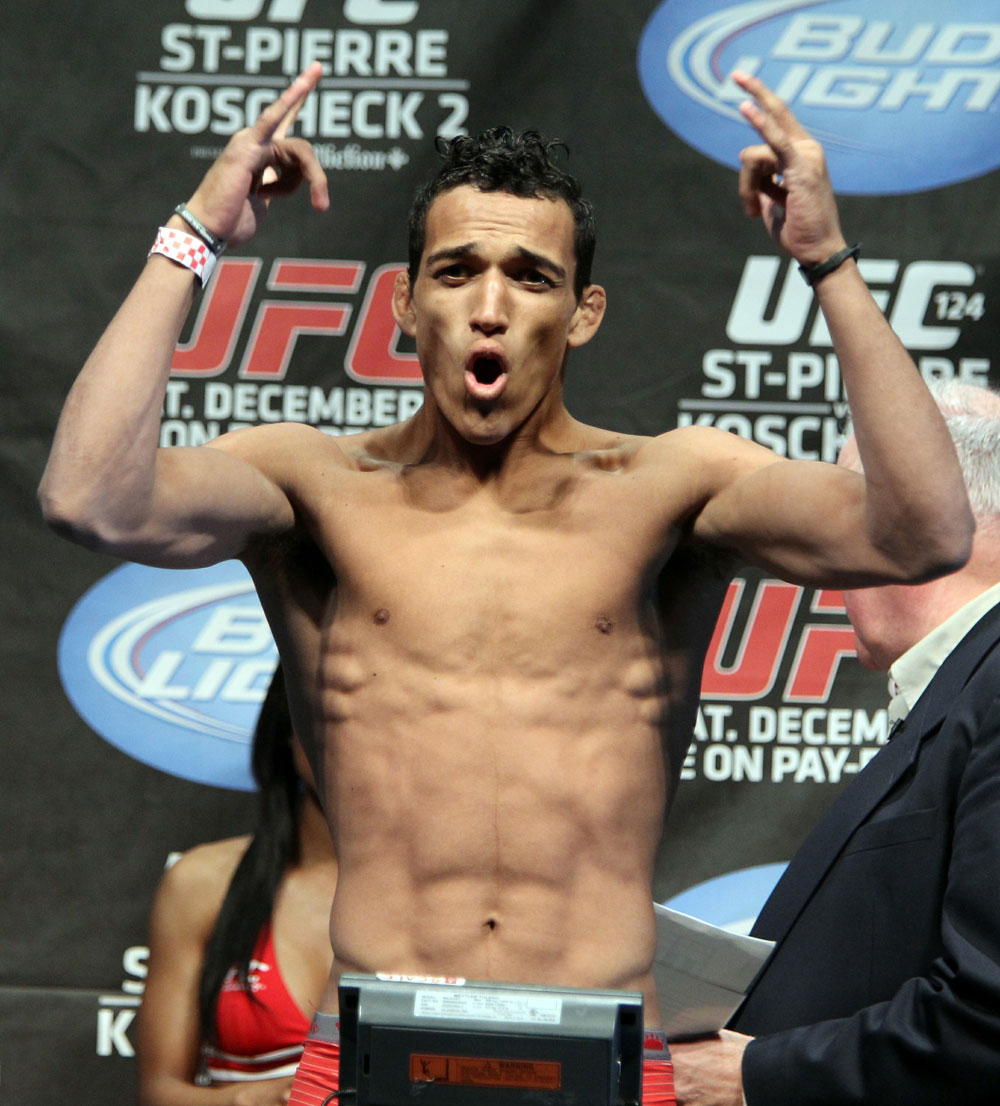 UFC 124 Weigh-in: Charles Oliveira weighs in at 153.5lbs.