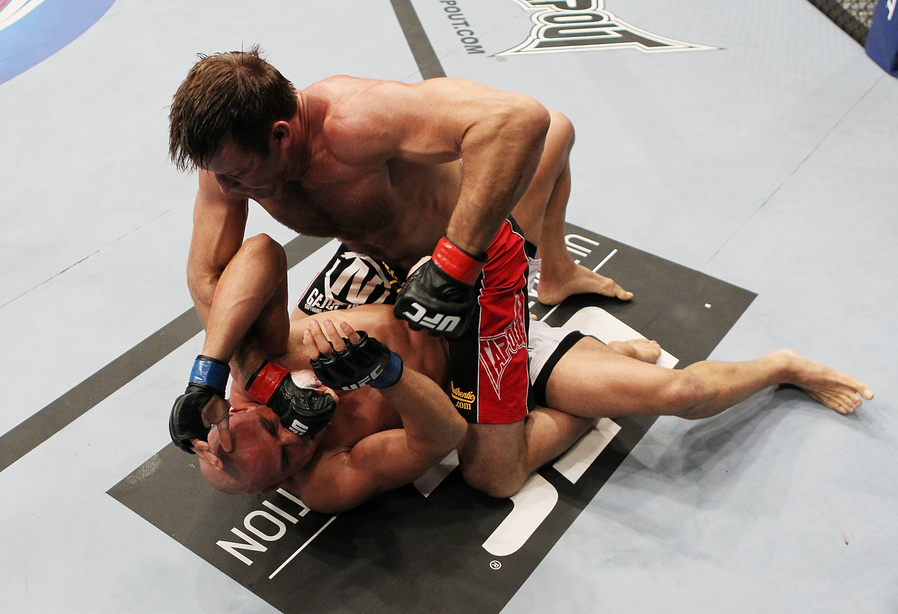 SAN JOSE, CA - NOVEMBER 19 Stephan Bonnar punches Kyle Kingsbury during an UFC Light Heavywieght bout at the HP Pavilion on November 19, 2011 in San Jose, California.  (Photo by Josh Hedges/Zuffa LLC/Zuffa LLC via Getty Images)