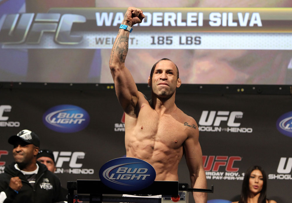 SAN JOSE, CA - NOVEMBER 18:  Wanderlei Silva weighs in during the UFC 139 Weigh In at the HP Pavilion on November 18, 2011 in San Jose, California.  (Photo by Josh Hedges/Zuffa LLC/Zuffa LLC via Getty Images)