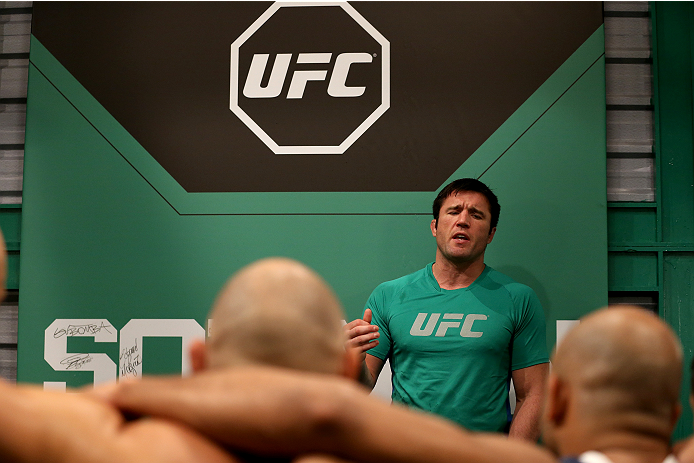 SAO PAULO, BRAZIL - FEBRUARY 17:  Head Coach Chanel Sonnen talks to his team after Team Wanderlei fighter Richardson Moreira is defeated by Team Sonnen fighter Victor Miranda in their middleweight fight during season three of The Ultimate Fighter Brazil on February 17, 2014 in Sao Paulo, Brazil. (Photo by Luiz Pires Dias/Zuffa LLC/Zuffa LLC via Getty Images) *** Local Caption *** Chanel Sonnen
