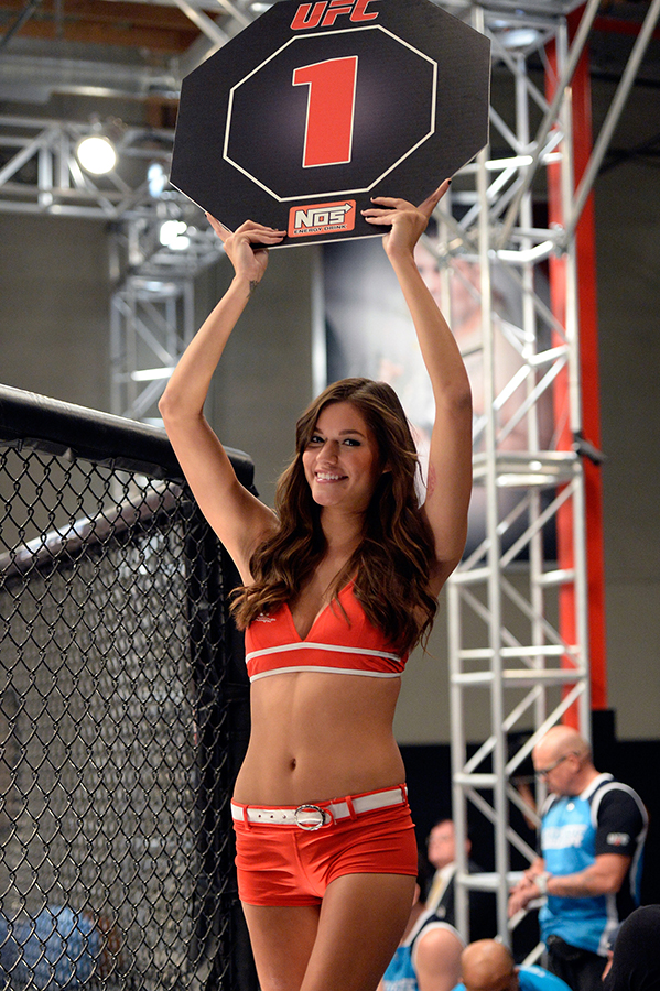 LAS VEGAS, NV - OCTOBER 29:  UFC Octagon Girl Vanessa Hanson signals the start of round one between Team Edgar fighter Todd Monaghan and Team Penn fighter Daniel Spohn in their preliminary fight during filming of season nineteen of The Ultimate Fighter on October 29, 2013 in Las Vegas, Nevada. (Photo by Jeff Bottari/Zuffa LLC/Zuffa LLC via Getty Images) *** Local Caption ***Vanessa Hanson